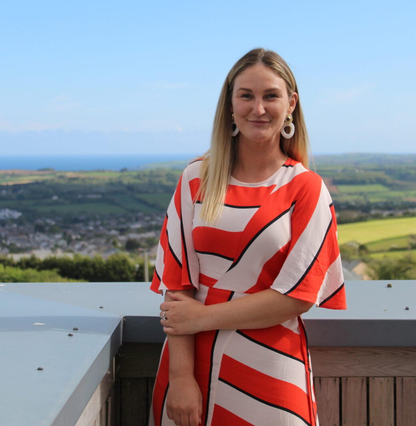 Grace Williams - HR Consultant